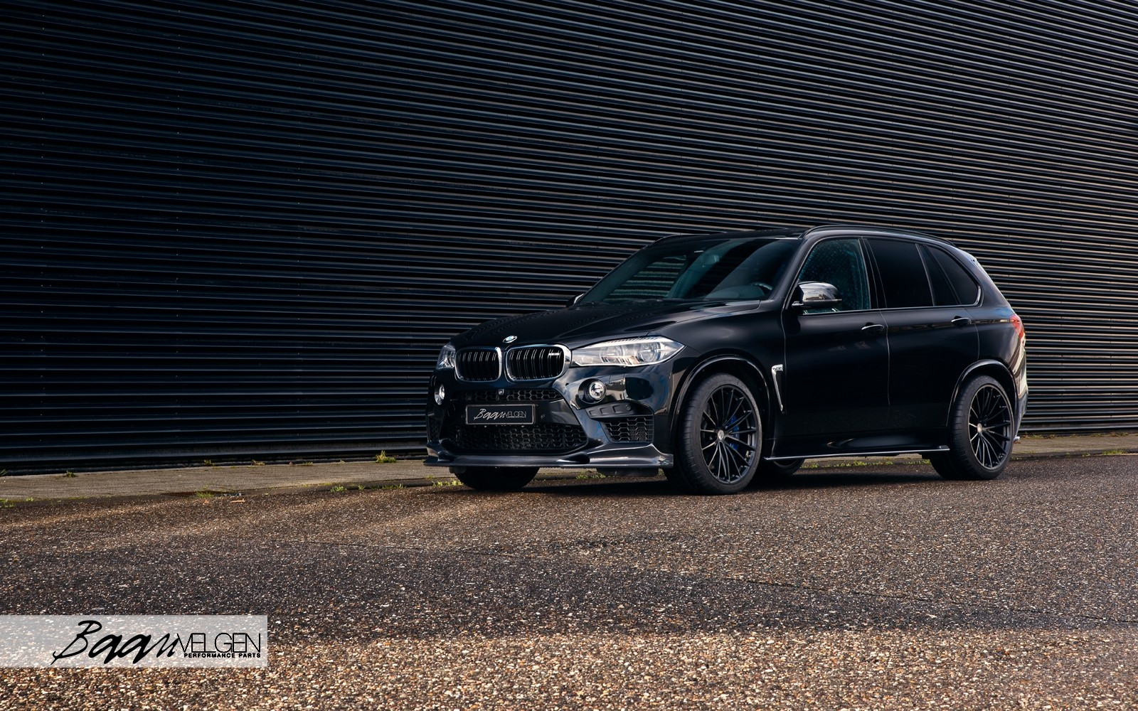 BMW F85 X5M with 3DDesign Carbon and Akrapovic Exhaust